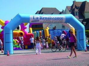 arche-bleu-gonflables-publicitaires-animations-loisirs-normandie-bretagne-ile-de-france